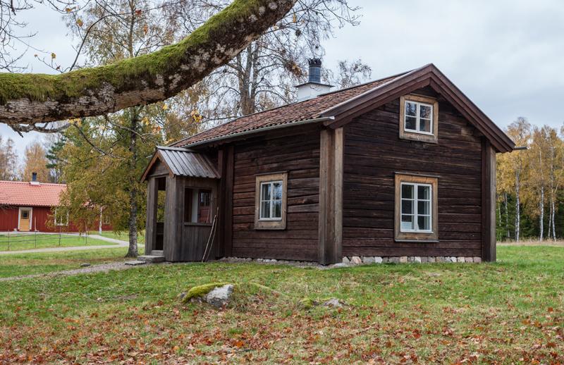Ett av husen vid Gårdsjötorp